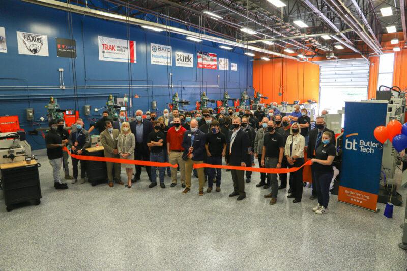 Precision Machining Lab holds ribbon cutting
